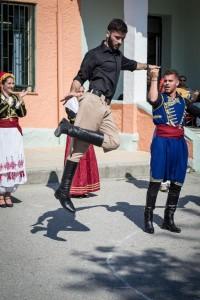 K800_2. Παραδοσιακές στολές-χοροί (9)